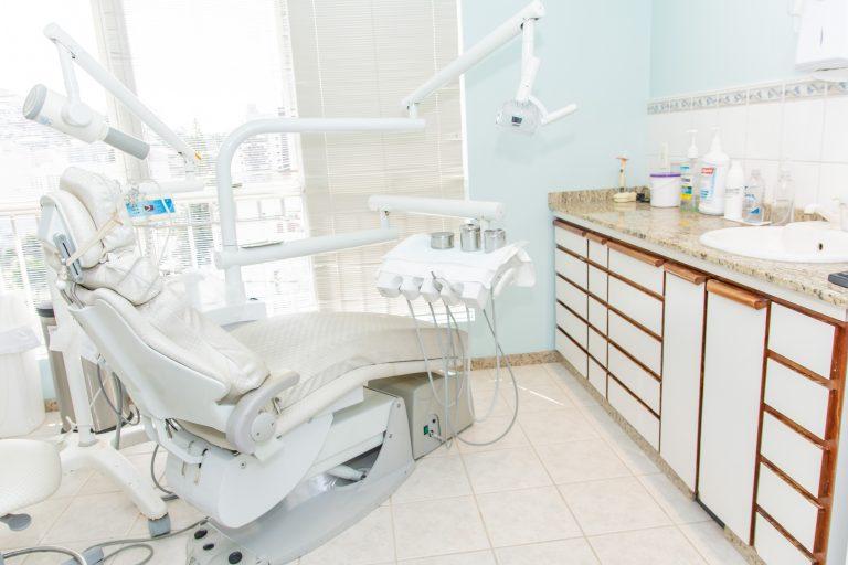 Clínica Atenta Odontologia Sistêmica - cirurgia avançada